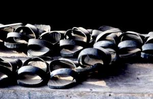 Tanzanian Sandals From Old Rubber Tyres