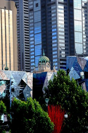 Contrasting styles of Melbourne Architecture.
