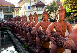 Statues at Wat Nokor